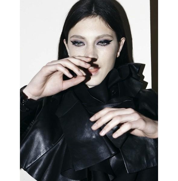 5 новых съемок: Harper's Bazaar, Qvest, POP и Vogue. Изображение № 40.