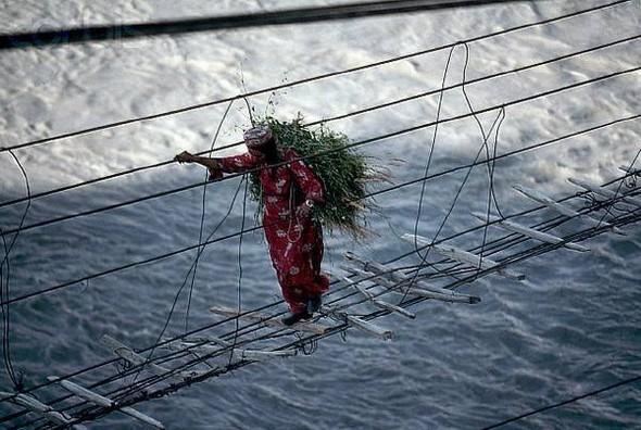 Самый опасный мост в мире. Изображение № 1.