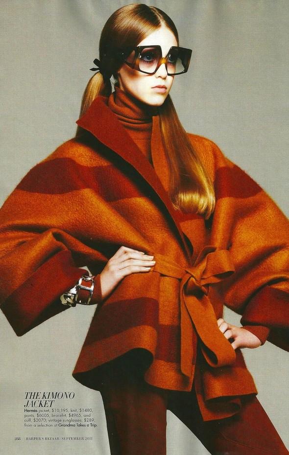 Съёмка: Джемма Бейнес для Harper's Bazaar. Изображение № 13.