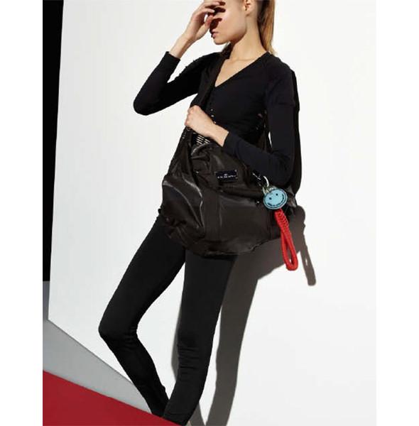 Стелла Маккартни создала светящуюся одежду для Adidas. Изображение № 12.