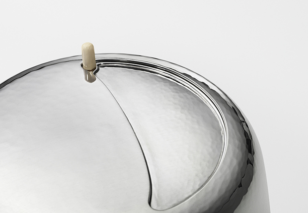 Дизайнер Марк Ньюсон создал серебряный чайный сервиз. Изображение № 10.
