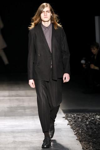 Неделя моды в Париже: мужские показы. Изображение № 87.