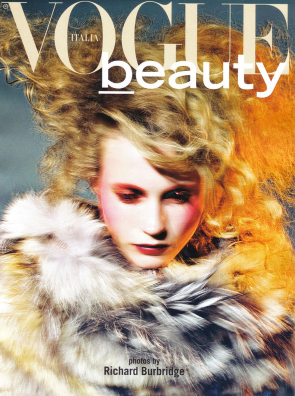 Vogue Beauty Italia – November 2009 – Beauty Supplement. Изображение № 1.