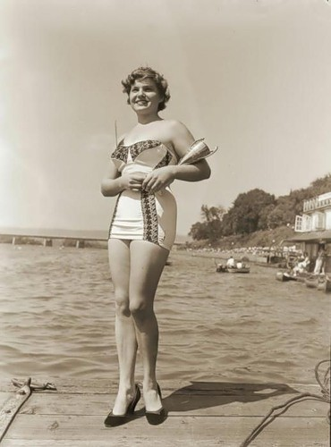 Ретро-купальники. Изображение № 14.