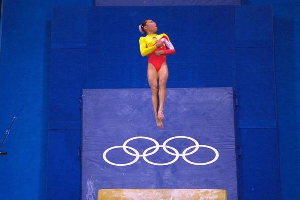 Вне игры: 25 историй с Олимпиады не про спорт. Изображение №25.