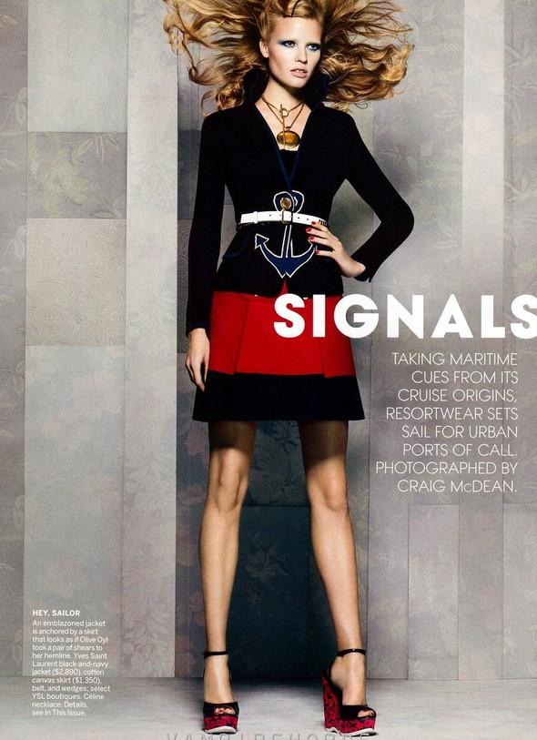 Съёмка: Лара Стоун для американского Vogue. Изображение № 2.