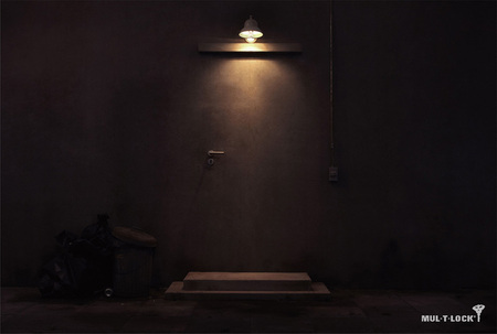 Улыбчивая реклама отАнушай Сечарунпутонг. Изображение № 33.
