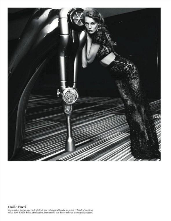 Съёмка: Дарья Вербова для французского Vogue. Изображение № 49.