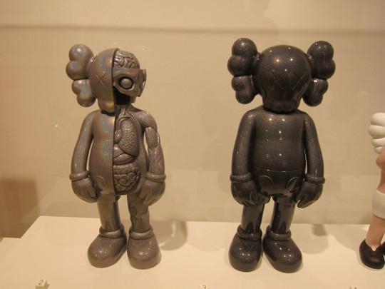 Выставка художника и дизайнера KAWS. Изображение № 26.
