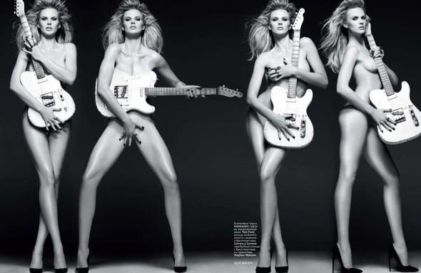 Съёмка: Анна Вялицына и Адам Ливайн для российского Vogue. Изображение № 8.