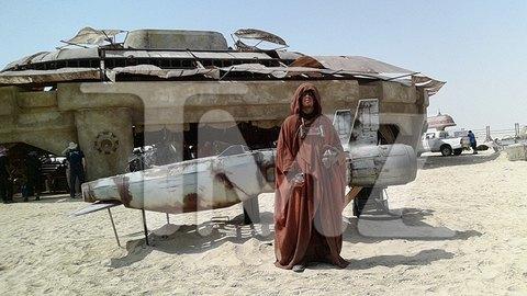 Опубликованы 45 фотографий со съёмок новых «Звёздных войн». Изображение № 4.