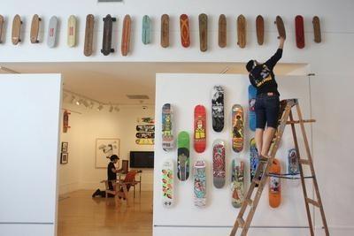 Выставка скейтбордов вгалерее Бэдфорд. Изображение № 1.
