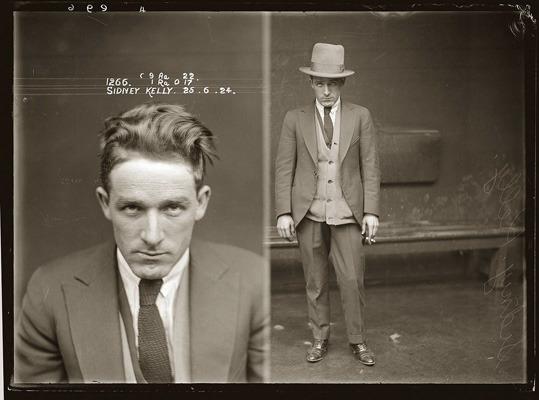 Закон и беспорядок: 10 фотоальбомов о преступниках и преступлениях. Изображение № 111.