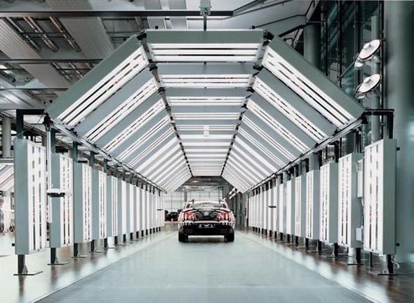 Стеклянная мануфактура Volkswagen. Изображение № 12.