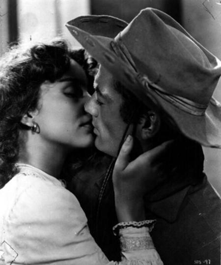Поцелуи вистории кино. Изображение № 38.