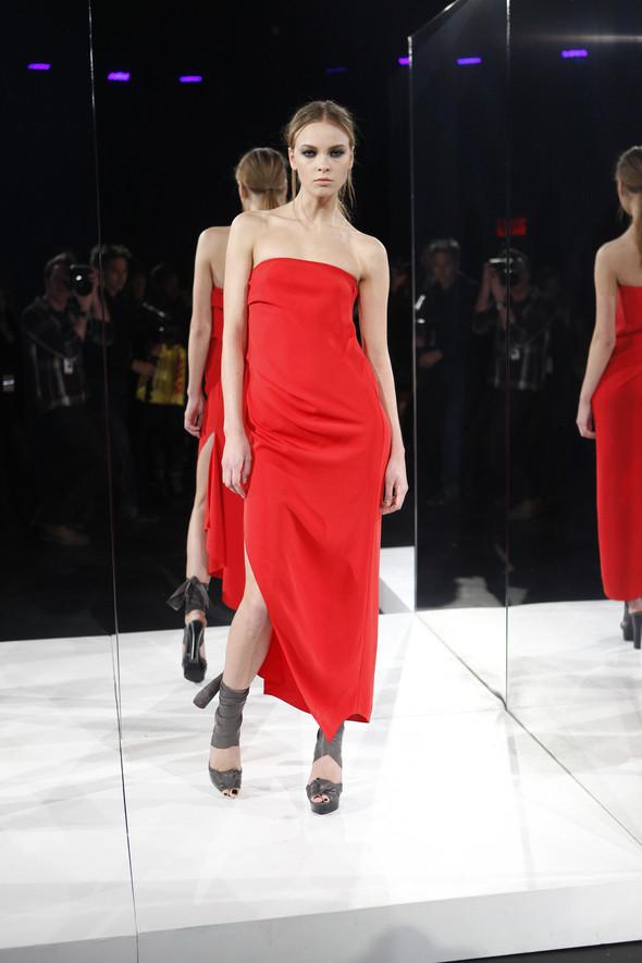Изображение 4. Кира Пластинина показала новую коллекцию на неделе моды в Нью-Йорке.. Изображение № 4.