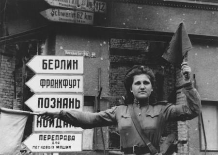 Евгений Халдей – знаменитый фоторепортер войны. Изображение № 5.