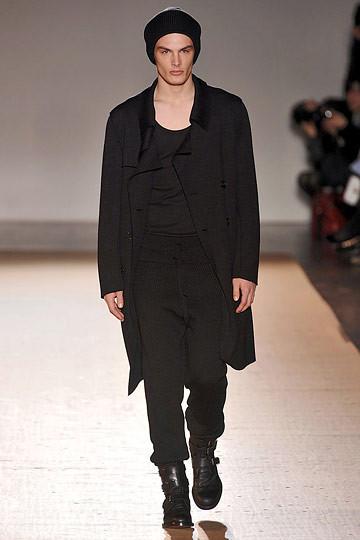 Неделя моды в Париже: мужские показы. Изображение № 101.