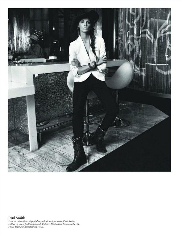 Съёмка: Дарья Вербова для французского Vogue. Изображение № 56.