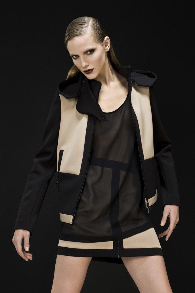 Versace, Louis Vuitton и Robert Rodriguez показали предосенние коллекции. Изображение № 9.