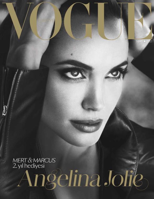 Обложки: Vogue, Interview и Volt. Изображение № 1.