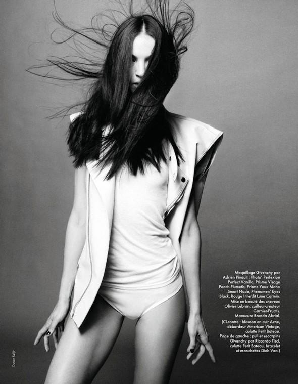Съёмка: Мариакарла Босконо для Elle. Изображение № 3.
