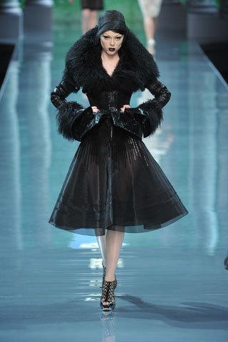 Футуристическая классика Dior. Изображение № 6.