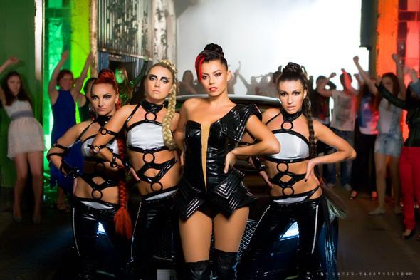 Изображение 2. Амадор Лопес и группа Rumberos сняли дебютное видео.. Изображение № 1.