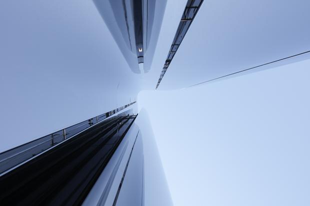 Архитектура дня: музей сволнистым фасадом изнержавеющей стали. Изображение № 5.