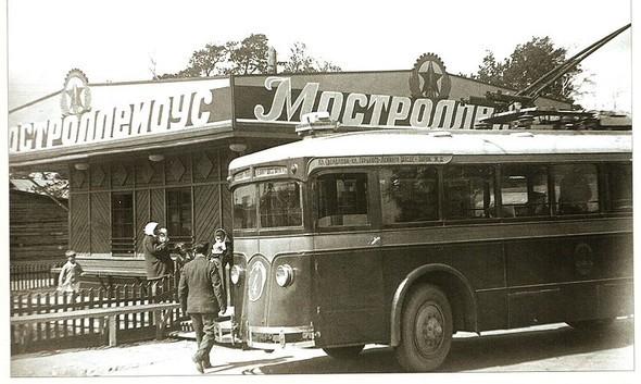 Первые троллейбусы. Изображение № 1.