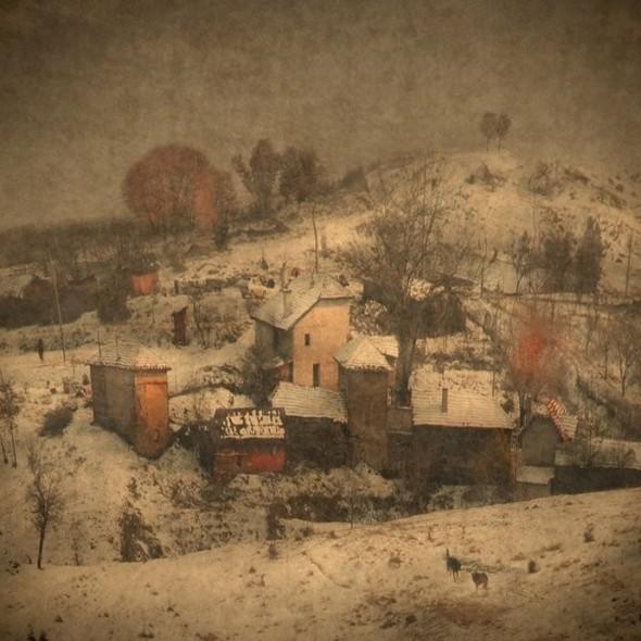 Загадочно-прекрасный мир болгарской фотохудожницы Магдалены Ванли. Изображение № 18.