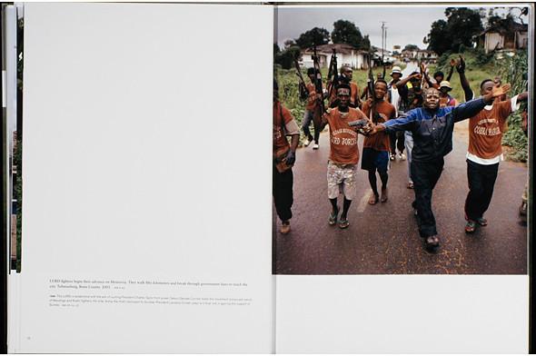 12 альбомов фотографий непривычной Африки. Изображение № 112.
