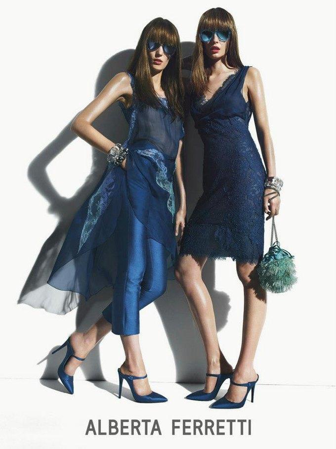 Alberta Ferretti, DKNY и Moschino показали новые кампании. Изображение № 7.