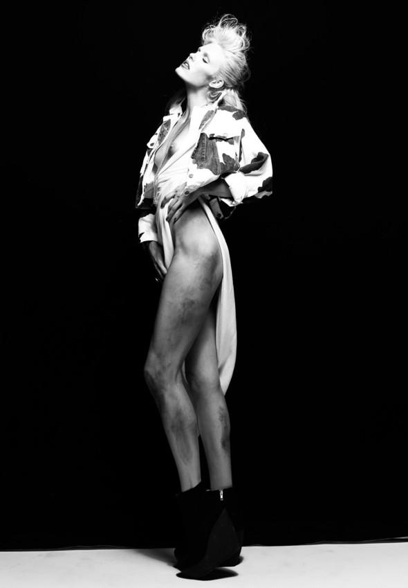 """Woman"" by Henryk Lobaczewski (NSFW). Изображение № 9."