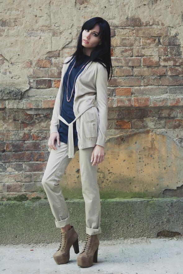 Лукбук: женские коллекции в PLACE life\ street\ denim (Пермь). Изображение № 16.
