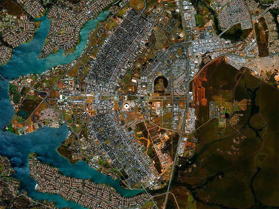Снимки из космоса, напоминающие о хрупкости природы. Изображение № 10.