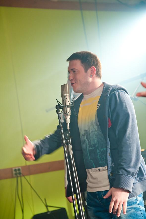 """Съемки клипа группы ЛЮБЭ, Интонация. OST """"Август. Восьмого"""". Изображение № 15."""