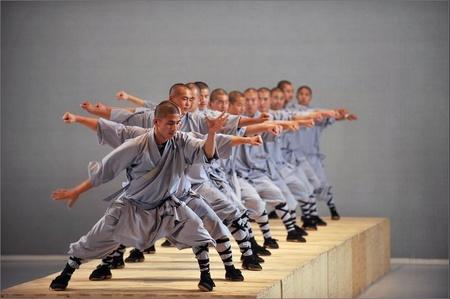 Шаолиньские монахи вЛондоне. Изображение № 1.