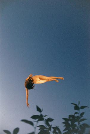 Части тела: Обнаженные женщины на фотографиях 1990-2000-х годов. Изображение №251.