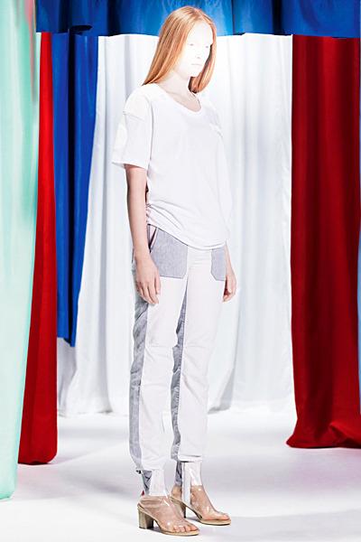 A.P.C., Chanel, MM6, Mother of Pearl, Paule Ka и Yang Li выпустили новые лукбуки. Изображение № 46.