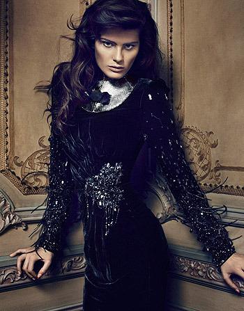 Черная жемчужина: Изабели Фонтана в монохромной съемке. Изображение № 1.
