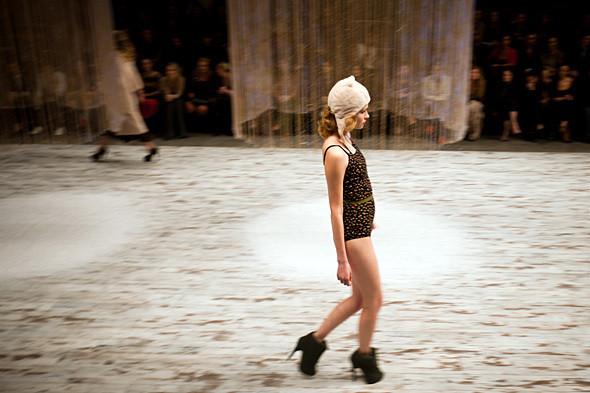 Показ Ulyana Sergeenko FW 2011. Изображение № 11.