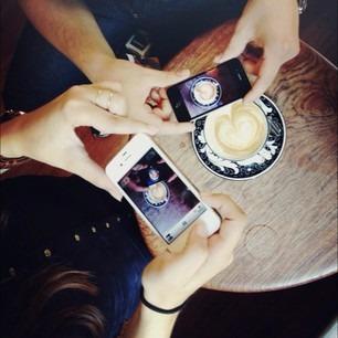 Кого фолловить в Instagram: Фэшн-блогеры. Изображение № 9.