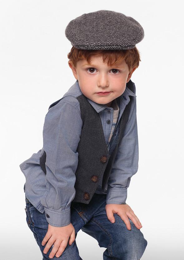 Все лучшее детям: лукбуки D&G, Gucci, John Galliano, Burberry. Изображение № 8.