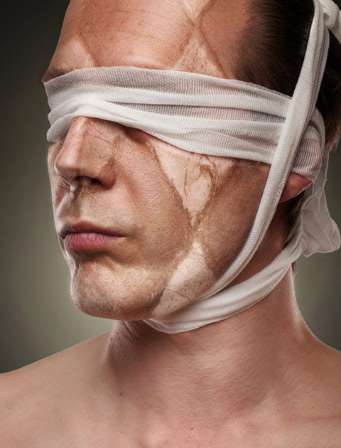 Изображение 2. Руад ДеЛон: эгоистичные автопортреты.. Изображение № 3.