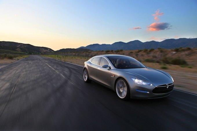 Акции электромобилей Tesla выросли на 14 процентов. Изображение № 1.