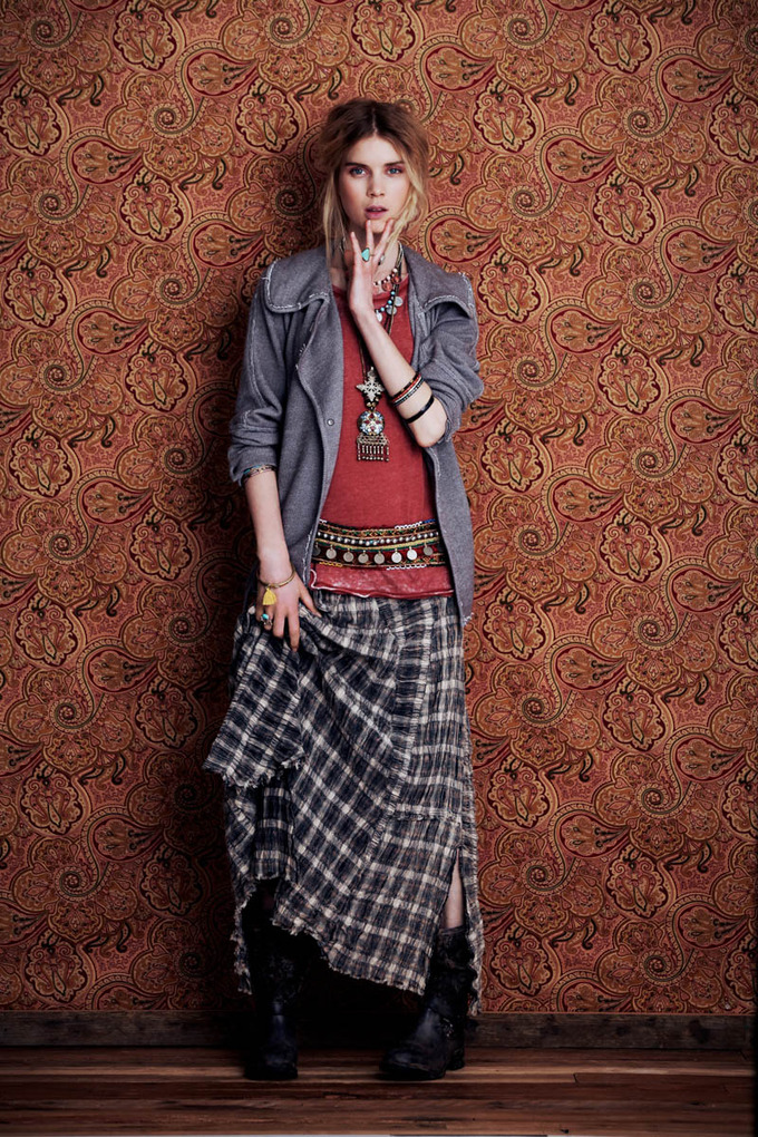 Показаны новые лукбуки Zara, Free People, Mango и других марок. Изображение № 50.