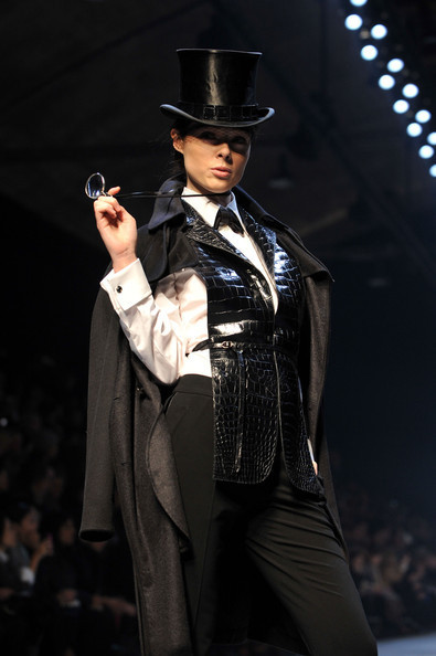 Jean Paul Gaultier for Hermes (fall-winter 2010). Изображение № 12.