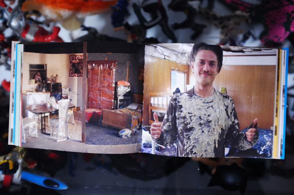 Рабочее место: Стас Хрусталев и Игорь Киселев, студия Just Be Nice. Изображение № 24.