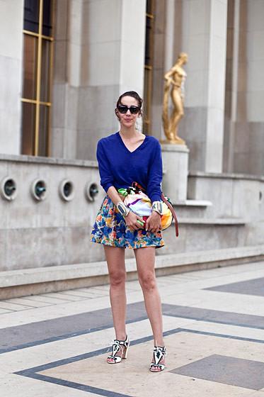 Уличный стиль на Неделе высокой моды в Париже. Изображение № 76.